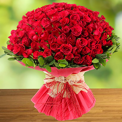 100 Red Roses: Anniversary Flower Delivery