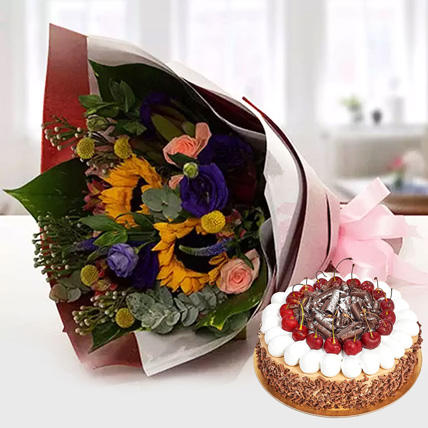 Alluring Flower Bouquet With Blackforest Cake: Gifts Combos