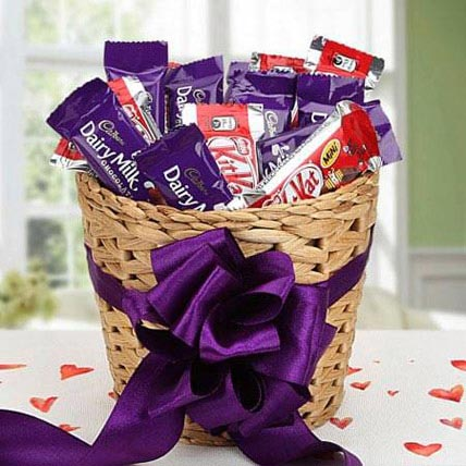 Chocolaty Treat: Birthday Gift Hampers