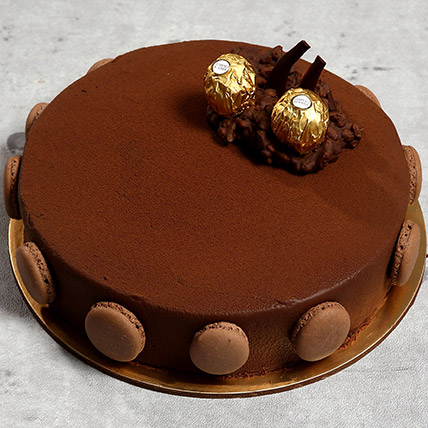 Eggless Ferrero Rocher Cake: Eggless Birthday Cakes