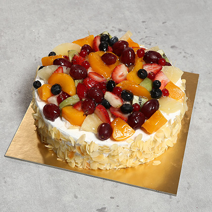 Eggless Fresh Fruit Fantasy:  Eggless Cake Delivery