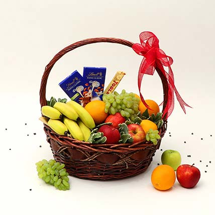 Fruitful Hamper: Fruit Baskets