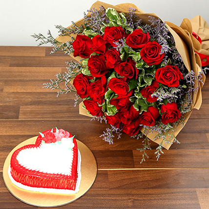 Red Roses and Vanilla Cake Combo: Heart Shape Cakes for Valentine Day