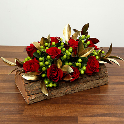 Red Roses In Wooden Base: Valentines Day Flowers for Wife