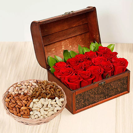 Rose Box Arrangement and Dry Fruits Combo: Birthday Flowers & Dry Fruits
