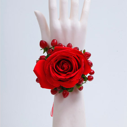 Spectrum of Red Bracelet: Flower Jewellery