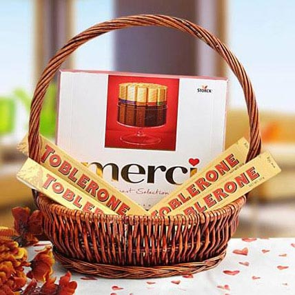 A Gift of Perfection: Bhai Dooj Gift Hampers