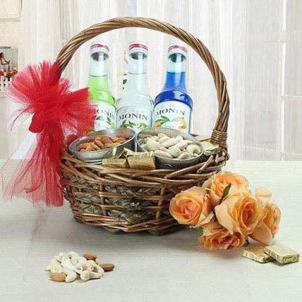 Refined Giving: Dry Fruit Hampers