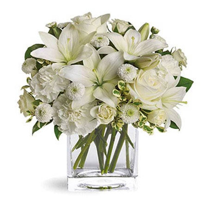 White Beauty: Fathers Day Flowers to Sharjah