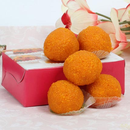 Motichoor Laddoo Box: Holi Gifts