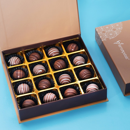 Box of Gourmet Chocolate: Christmas Gifts for Boyfriend