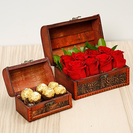 Passionate Red Roses and Chocolates Box: Gifts Combos