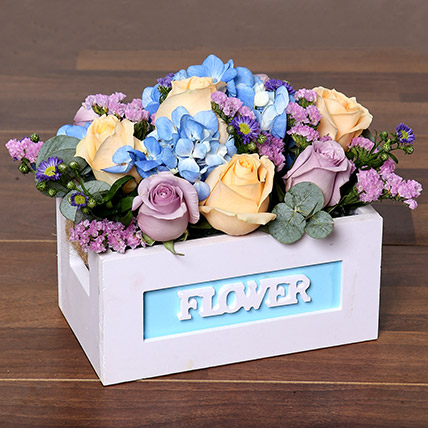Blissful Roses and Hydrangea Arrangement in a Box: Flower Delivery