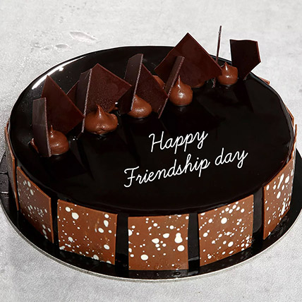 Friendship Day Choco Fudge Cake: Friendship Day Gifts
