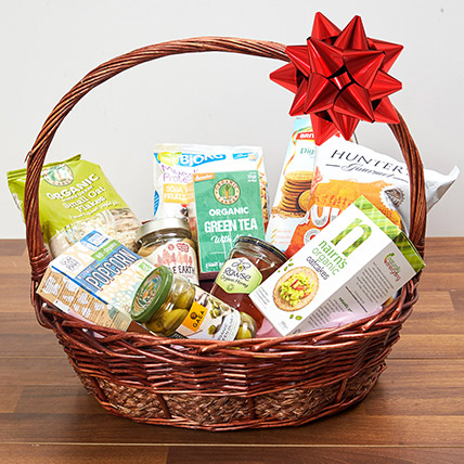 Mint Green Tea and Snacks Basket: UAE National Day Gifts