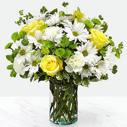 Vase Of Happy Flowers: Fathers Day Flowers to Ras Al Khaimah