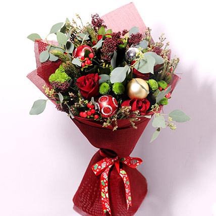 Holiday Flower Bouquet: Christmas Flowers to Al Ain