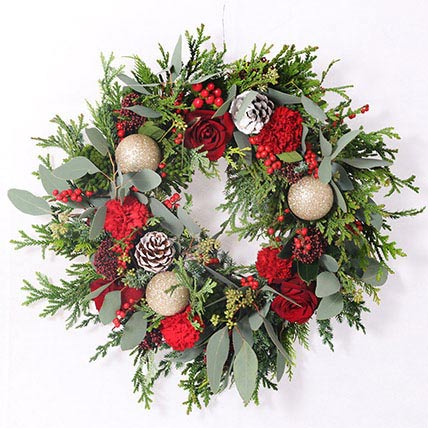 Beauty Of Natural Flowers Wreath: Christmas Home Decor Items