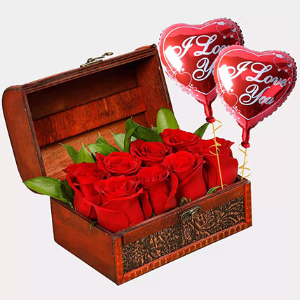 Treasured Roses with I Love You Balloons: Balloons