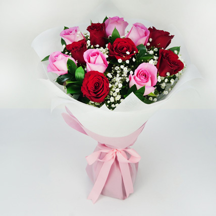 Pink and Red Roses Grand Bouquet: Flowers Delivery Fujairah