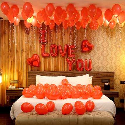 Romantic Red Themed Love You Balloon Decorations: Experiential Gifts