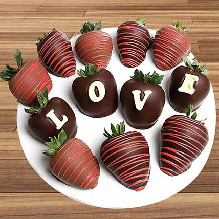 Love Belgian Chocolate Covered Strawberries: Chocolate Day Gifts