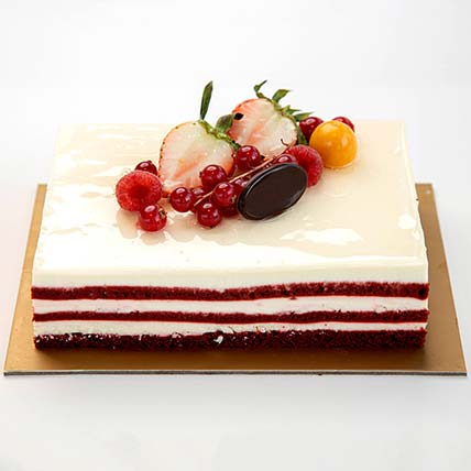 Red Velvet Cake: One Hour Delivery Cakes