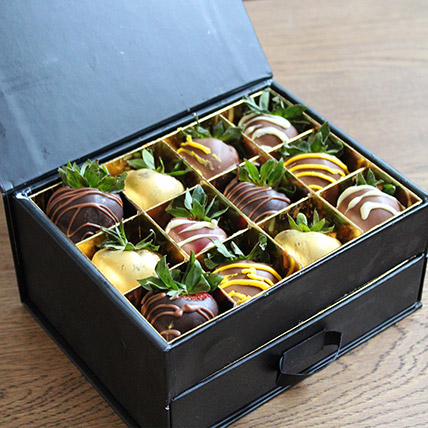 Chocolate Coated Strawberries 24 Pcs: Send Chocolates in Dubai