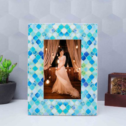 Handcrafted Wooden Photo Frame: Personalised Photo Frames