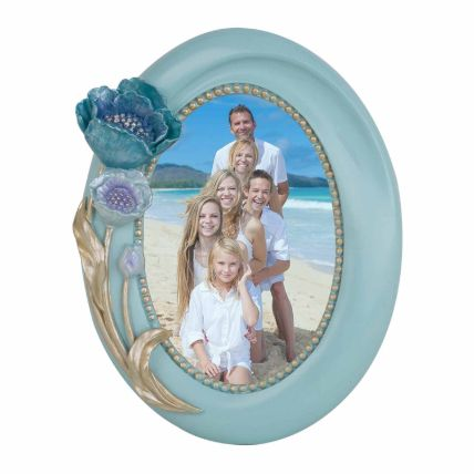 Oval Shapped Floral Photo Frame: Personalised Photo Frames