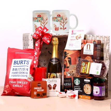 Christmas Wishes Snack Basket: Christmas Hampers