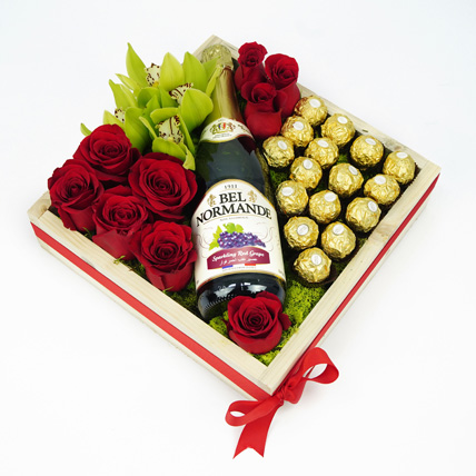 A Fine Day To Celebrate: Gift Hampers