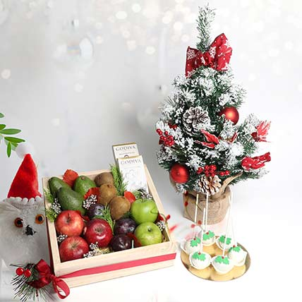 Natures Delight with Treats and Christmas Tree: Christmas Hampers