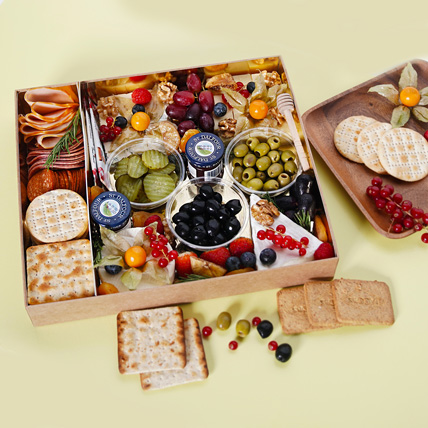 Small Cheese Box with Condiments: