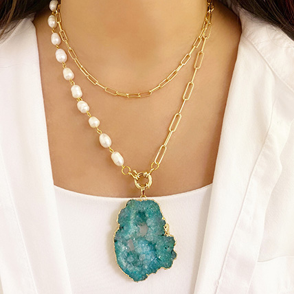 Natural Stone Necklace Green: Accessories