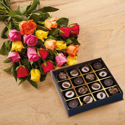 Beauty of Roses Bouquet n Chocolates: Flowers and Chocolate Delivery
