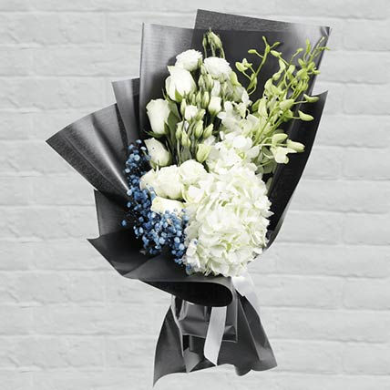 Beautiful Flower Bouquet: Fathers Day Gifts to Qatar