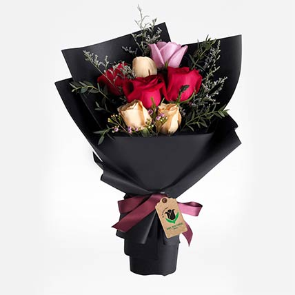 Delight Of Roses Bouquet: Gifts to Doha