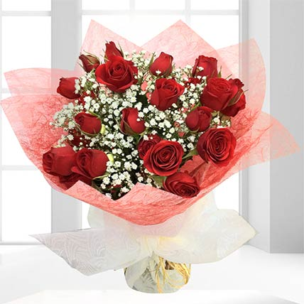 Fresh Red Spray Roses Bouquet: Flowers to Doha
