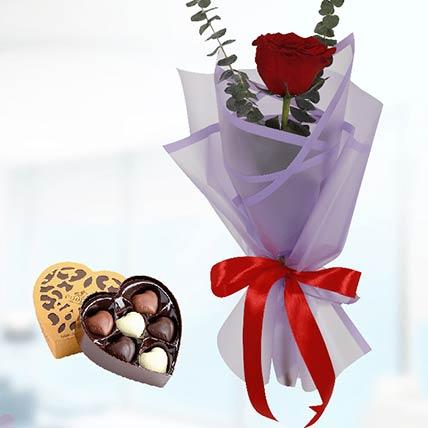 Red Rose Purple Wrap & Godiva Chocolates: Send Chocolates To Qatar