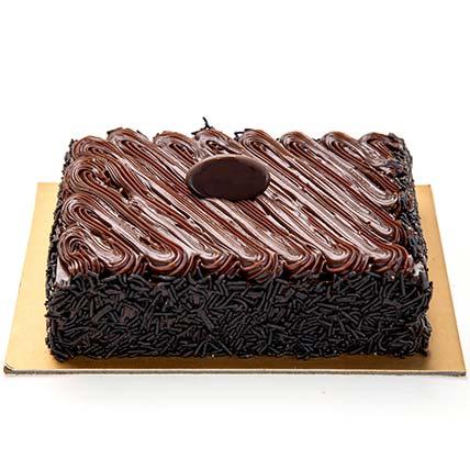 Chocolate Fudge Cake Half Kg: Send Cake to Saudi Arabia