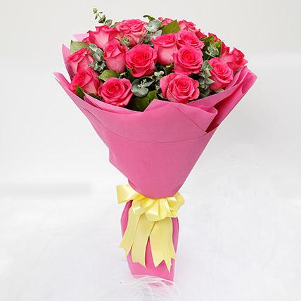 20 Dark Pink Roses Bouquet: Flower Delivery Riyadh