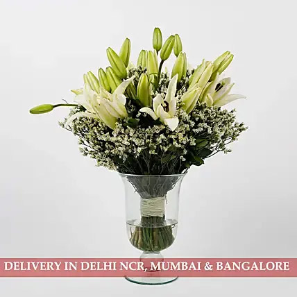 Imported 10 White Lilies 9 Limoniums in Glass Vase