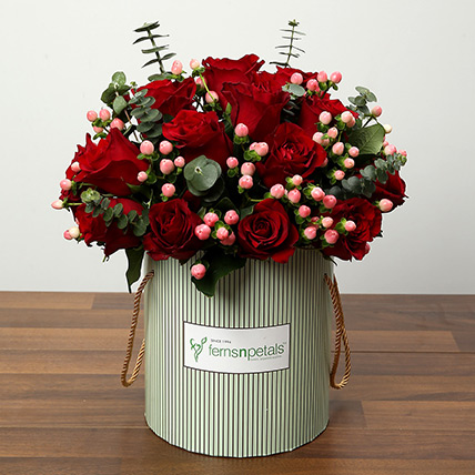 Send Valentine Flowers to Sharjah